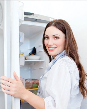 Does Your Refrigerator Look as Good as Rachel Ray's