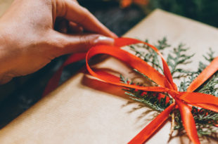 Holiday Activities Can Exacerbate Arthritic Flare-Ups