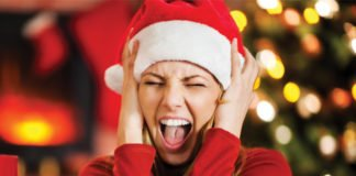 THE TOP 3 REASONS IT'S IMPORTANT TO DESTRESS DURING THE HOLIDAYS